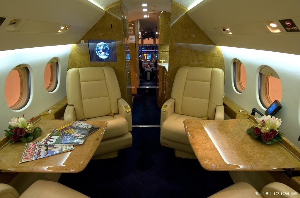 豪华私家飞机内部
